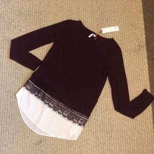 ELLE XS Wine Light  Sweater w/lace trim NWT